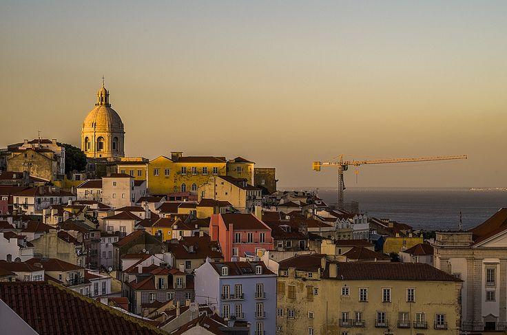 Sunset over Alfama district, Lisbon by Jakub Hajost on 500px