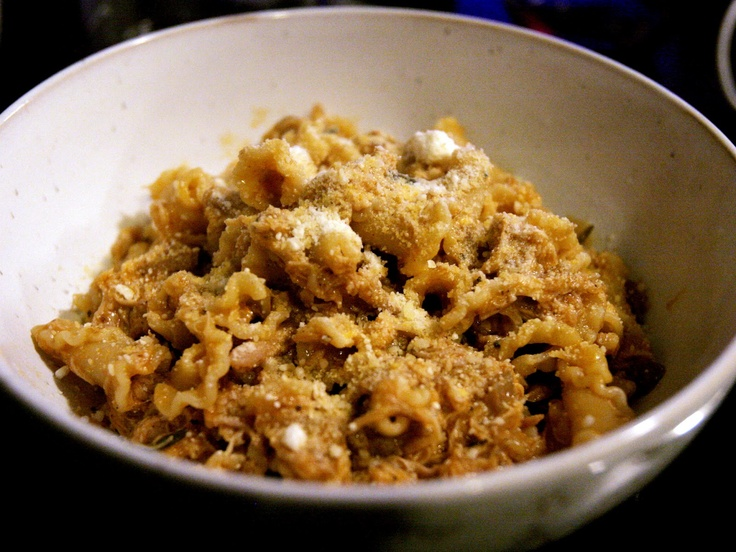 Herbie Likes Spaghetti: Tour of Istria Day 2: Fresh Pasta Quills with Chicken Sauce (Fuzi con Sugo di Pollo)