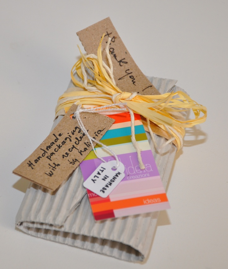 Handmade packaging with recycled <3