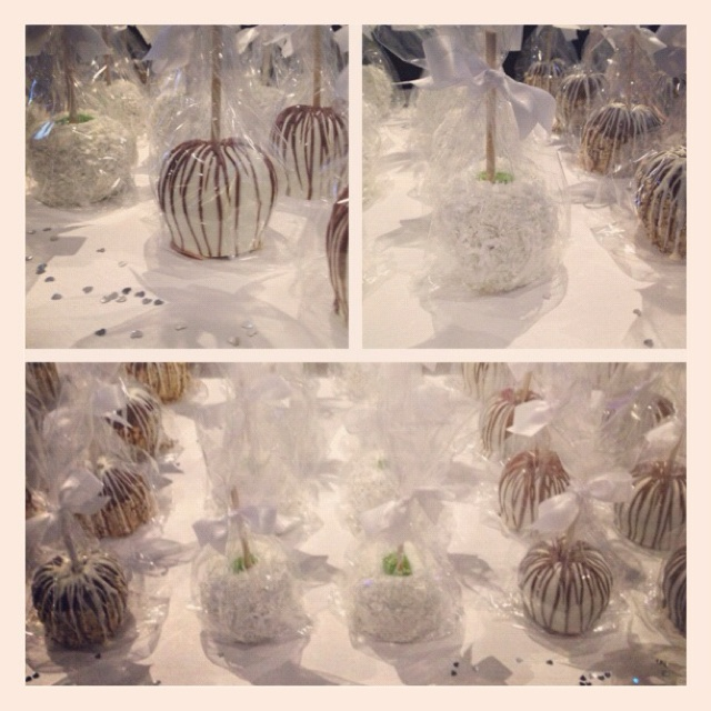 Candy apples as favors at a first communion party today. Awesome idea!