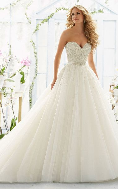 Princess Chapel Train Tulle Sweetheart Beading Wedding Gown