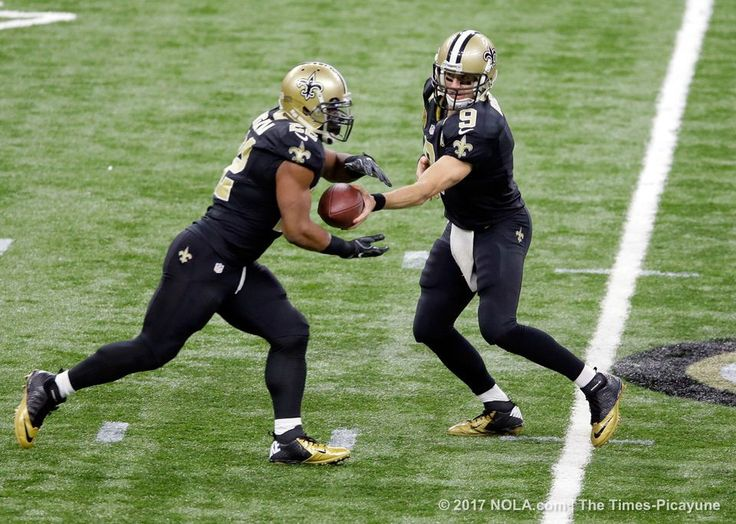 Drew Brees Mark Ingram, New Orleans Saints host Tampa Bay Buccaneers  ~  New Orleans Saints quarterback Drew Brees (9) hands off to New Orleans Saints running back Mark Ingram (22) in the opening drive against the Tampa Bay Buccaneers at the Mercedes-Benz Superdome in New Orleans Saturday, December 24, 2016. (Photo by David Grunfeld, NOLA.com | The Times-Picayune)