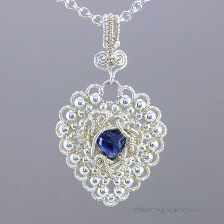 Tutorial: Tangled Love Pendant by shaktipaj   JewelryLessons.com