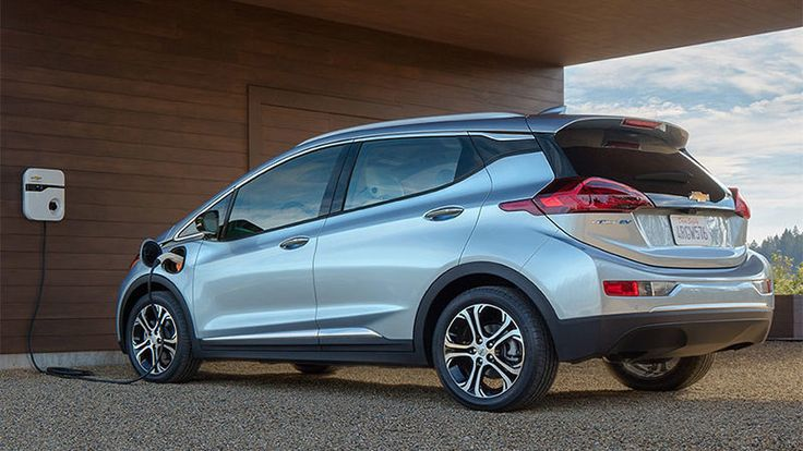 ICYMI: Maine wants to charge EV and hybrid drivers for using less gas