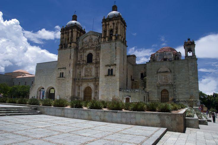 #Catedral Santo Domingo, una obra arquitectónica de gran valor en San Cristóbal de las Casas. ¡Conoce este bonito sitio y muchos atractivos más en tu #viaje por Chiapas!: http://www.bestday.com.mx/Chiapas/