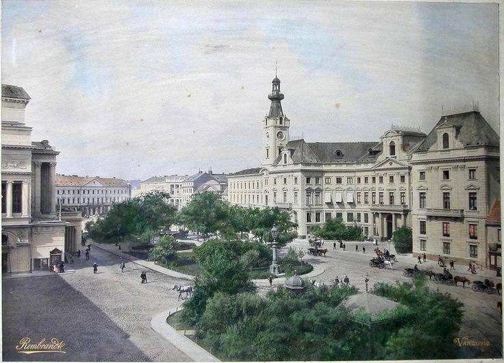 Plac Teatralny i ratusz/pałac Jabłonowskich