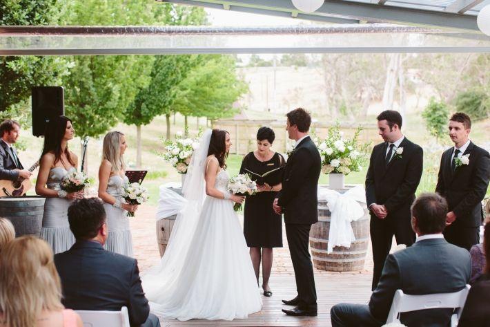 glen-ewin-estate-adelaide-hills-wedding039