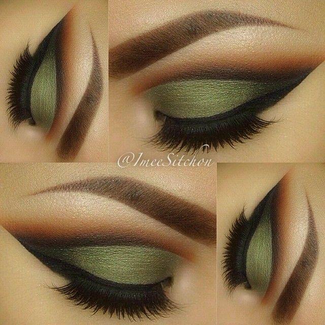 Tendance Maquillage Yeux 2017 / 2018   magnifique. Vert de l'armée et le pli coupé est tellement bien fait
