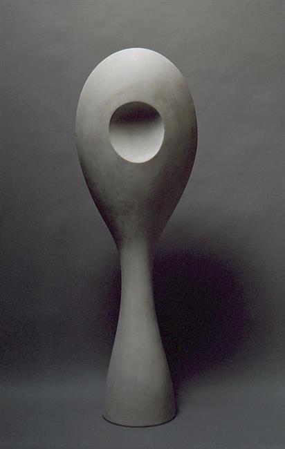 Jean /Hans Arp, Feuille Miroir, 1962 Dit kunstwerk spreekt me vooral aan omdat het me aan een lepel doet denken... Ik weet niet precies wat het is maar omdat de vorm zo smooth is spreekt het me heel erg aan.
