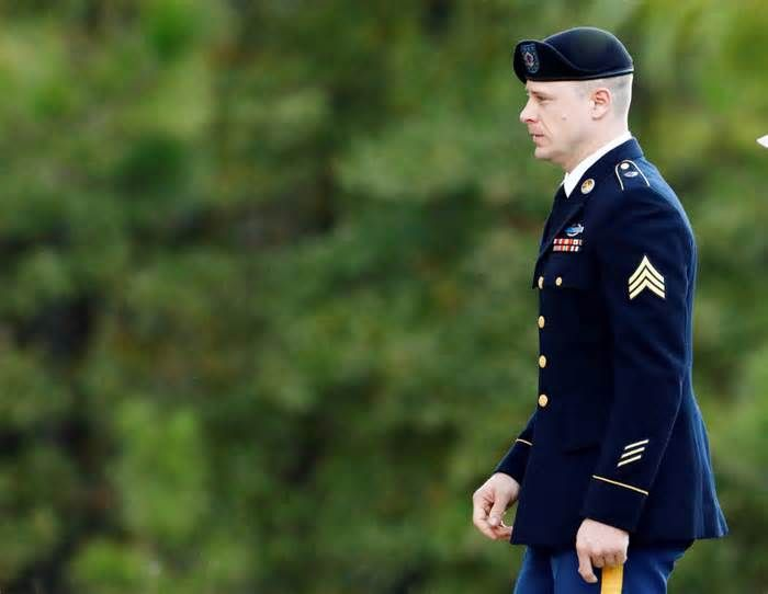 Trump undermined the rule of law with 'endless flow of nasty comments,' says Bowe Bergdahl's attorney Army Sgt. Bowe Bergdahl was spared a prison sentence after he pleaded guilty to charges of desertion and misbehavior before the enemy when he left his Army post in Afghanistan in 2009. A military judge Friday gave him a dishonorable discharge and busted ...