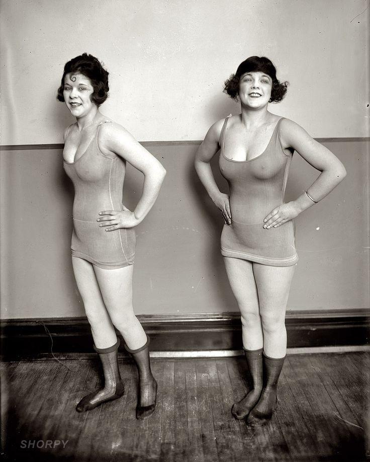 "Washington, D.C., 1919. ""Sidney Lust girls."" Chorus girls at Sidney Lust's Leader Theater"