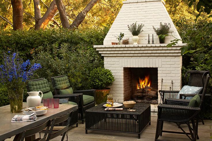 The hedge fence and the FIREPLACE