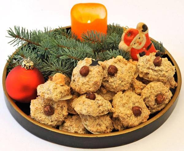 Backrezepte für die Weihnachtszeit mit Kindern: Die leckeren Haselnuss-Makronen …