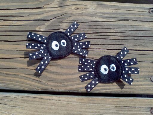 Spider clippies-love the polka dots