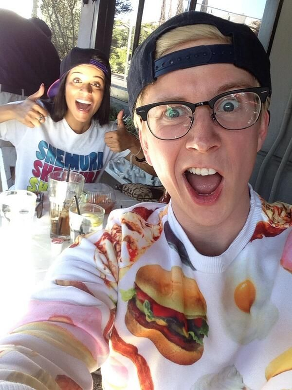 #TylerOakley. Finally met the fabulous @Lilly Singh! Refreshing and real, I adore her. http://instagram.com/p/jPuDD-N_zS/