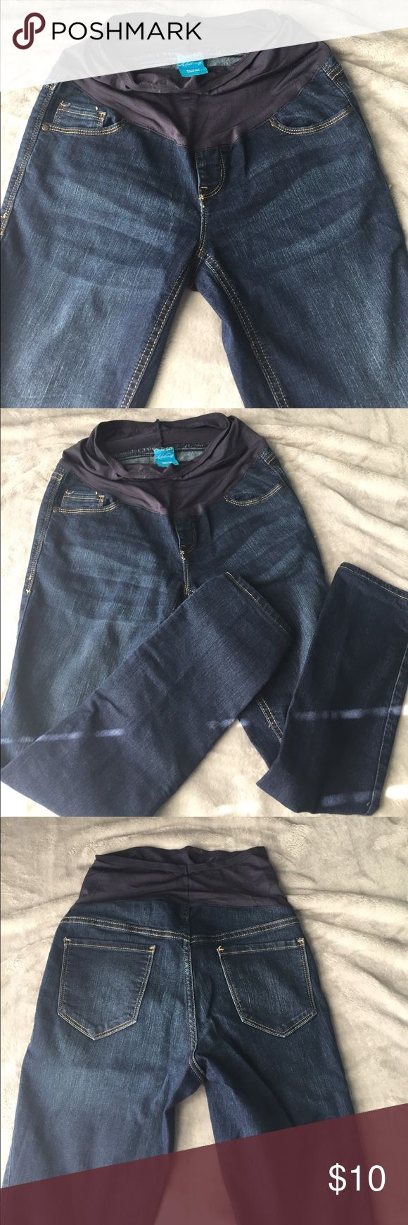 Old navy maternity jeans Old navy skinny smooth panel maternity jeans.  Size 6.  Great condition. Old Navy Jeans