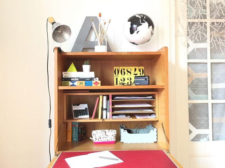 best 10 teen desk organization ideas on pinterest teen bedroom desk bureau desk and diy. Black Bedroom Furniture Sets. Home Design Ideas