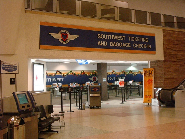 Southwest AIrlines Ticket Counter at Dallas Love Field Airport.     http://www.maxonking.com