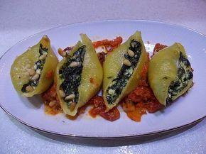 Ελληνων μαγειρεματα......: ΚΟΧΥΛΙΑ ΓΕΜΙΣΤΑ ΜΕ ΣΠΑΝΑΚΙ
