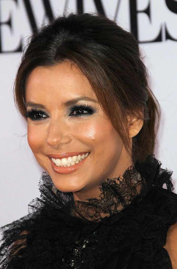 Eva Longoria Loose Ponytail - Eva Longoria capped off her look with a stylish teased ponytail.