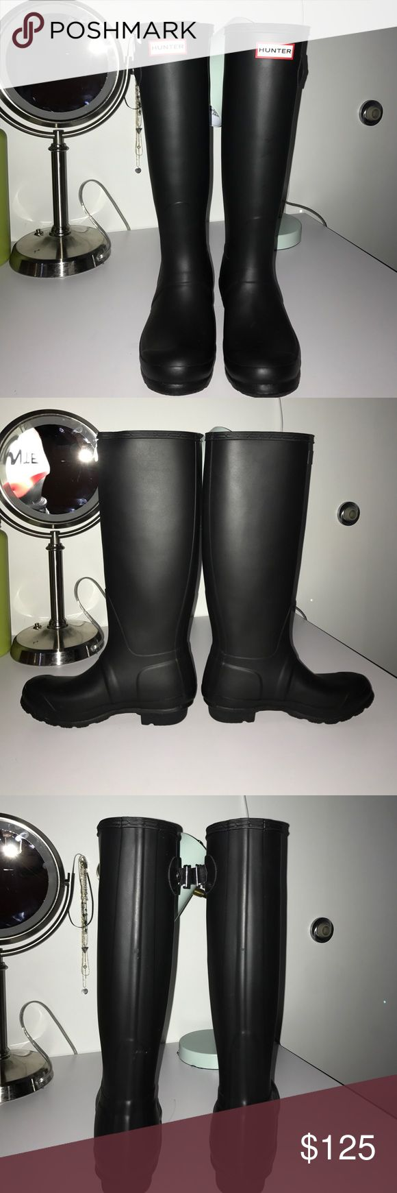 Matte Black Hunter Rain Boot's Nearly brand new (worn very lightly twice) matte black Hunter boots! Would be willing to trade for size 8/9 hunter boots in similar conditions. Hunter Boots Shoes Winter & Rain Boots