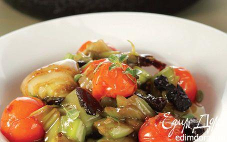 Лук-порей, тушеный с черносливом и помидорами черри    Кулинарные рецепты от «Едим дома!»