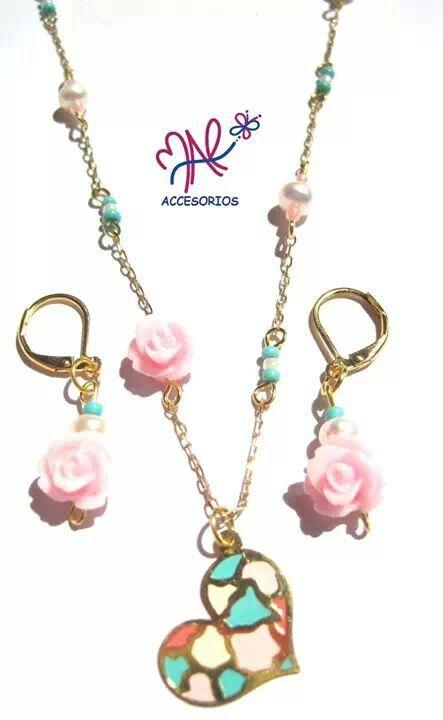 Mar Accesorios ♥ collar corazones y rosas oro golfield #accesorios #accessories #aretes #earrings #collares #necklaces #pulseras #bracelets #bisuteria #jewelry #colombia #moda #fashion