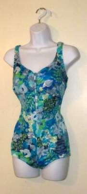 Lovely Hawaiian Style One Piece Floral Bathing by BeauMondeVintage, $34.00Floral Bath, Hawaiian Style, Vintage Swimwear, One Piece, Piece Floral