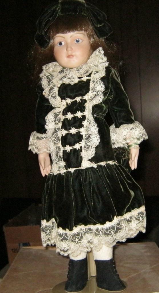 Franklin Mint Porcelain Doll Emily Ladies Home Journal