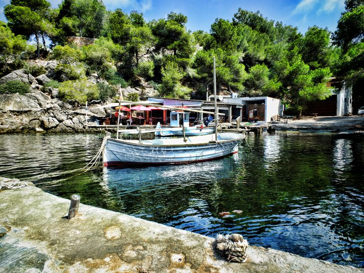 El Bigotes - Cala Mastella Ibiza
