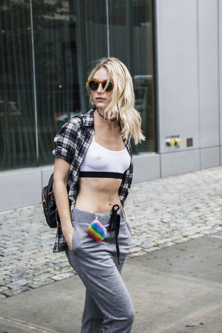 Lauren worked the Onepiece Merino Pant downtown in the Meatpacking district for NYFW 2016, merging fashion and function for her day of fittings.