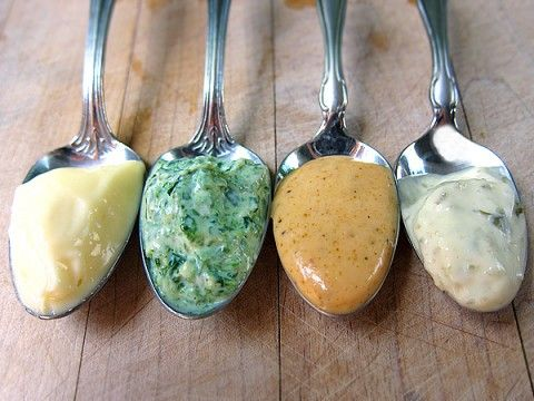 flavored-mayos-spoons