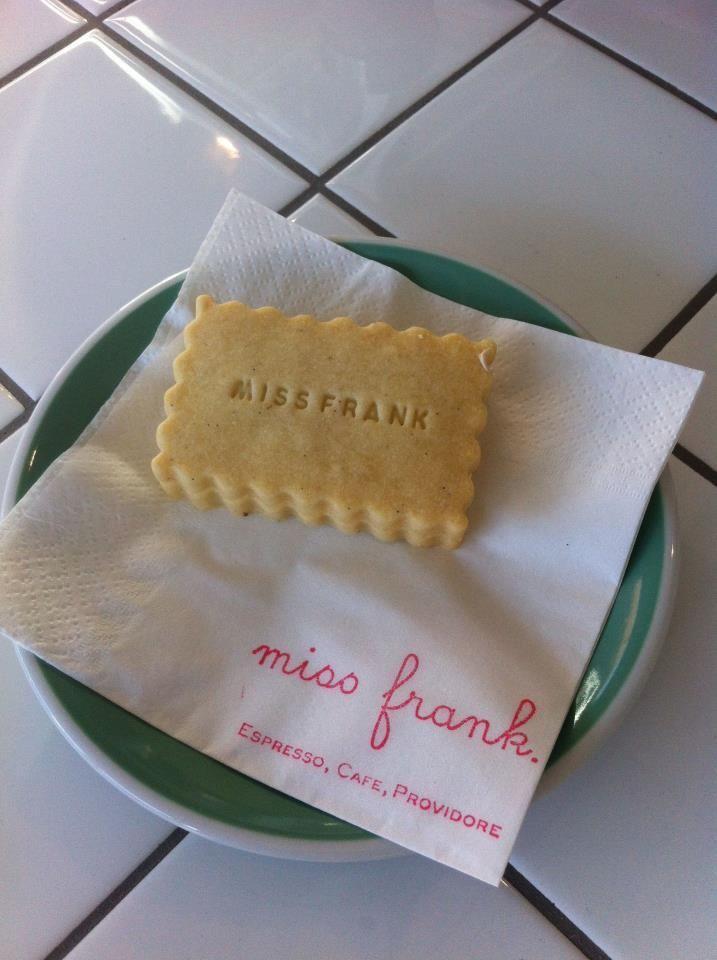 o meu café em Melbourne: miss frank http://amusedbrain.wordpress.com/2013/07/30/o-meu-cafe-em-melbourne-miss-frank/ #melbourne #cafe