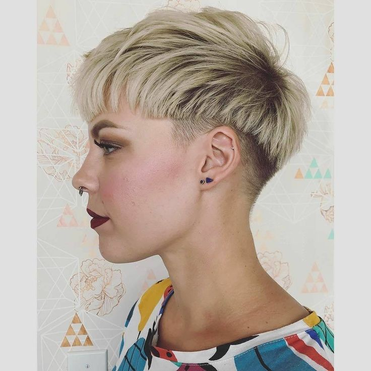 Amazing Short Hairstyle – Modern Women Hairstyles for Short Hair