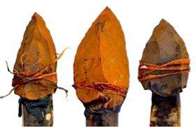 Reconstitution d'un lance à la préhistoire