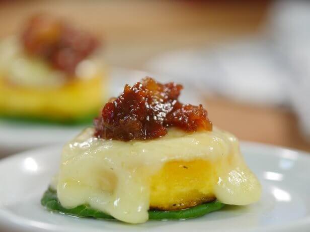 Ketchup de Goiaba com Canapé de Banana e Queijo Minas Padrão - Food Network