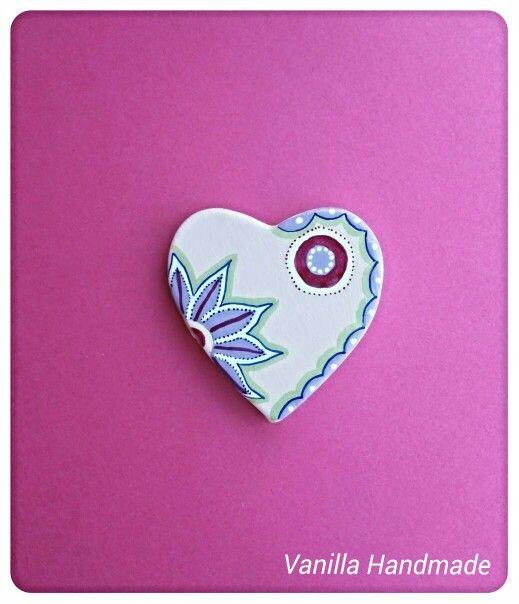 Ceramic heart - Magnet by Vanilla Handmade https://m.facebook.com/vanillahandmade/