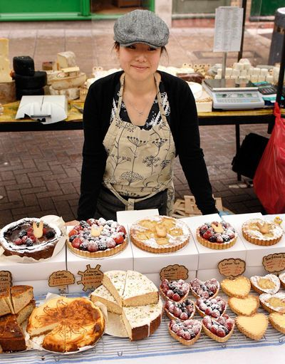 Who Sells The Best Dundee Cake