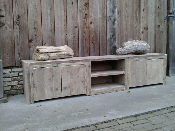 Wooden closet #vanhoudt