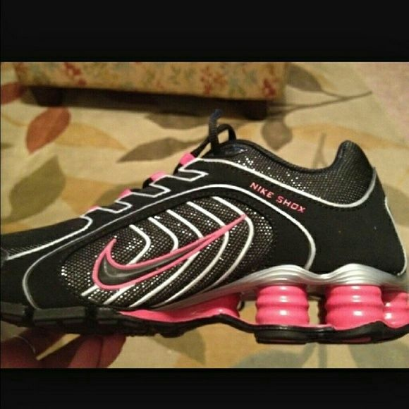 ISO in decent condition pink and black Nike shox ISO the pink and black sparkly shox or the black sparkly ones in lightly used or new condition in size 8.5 Nike Other