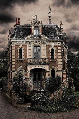 Abandoned ... France - krunkatecture