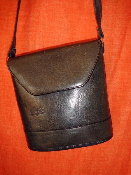 Vintage Handtaschen - Tasche*Vintage*blau*dunkelblau*Leder* - ein Designerstück von SweetSweetVintage bei DaWanda