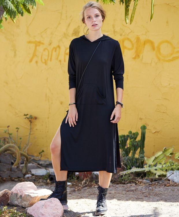 Emeron Kjole med hette Tøff kjole / lang tunika med hette, kengeru lommer og høy splitt. 100% viskose. Lengde str 4244 er 116cm Vask 30º  fra str 3436 til 5456 ( tilpasset stormote størrelser )