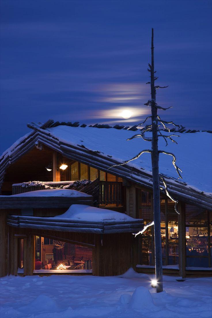 Ylläshumina Hotel - Akaslompolo, Finland Tucked...   Luxury Accommodations