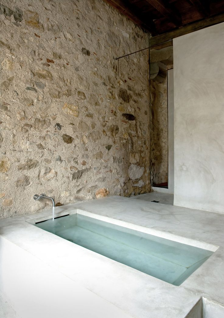 Soaking tub / Anna Noguera