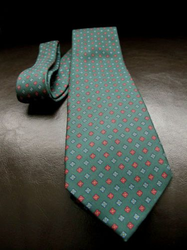 how to clean a silk tie by hand