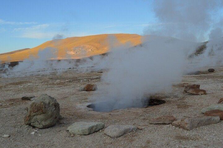 Geyser del Tatio - Atacama Unforgetable place  No blog www.caminhosdasilvia.blogspot.com.br