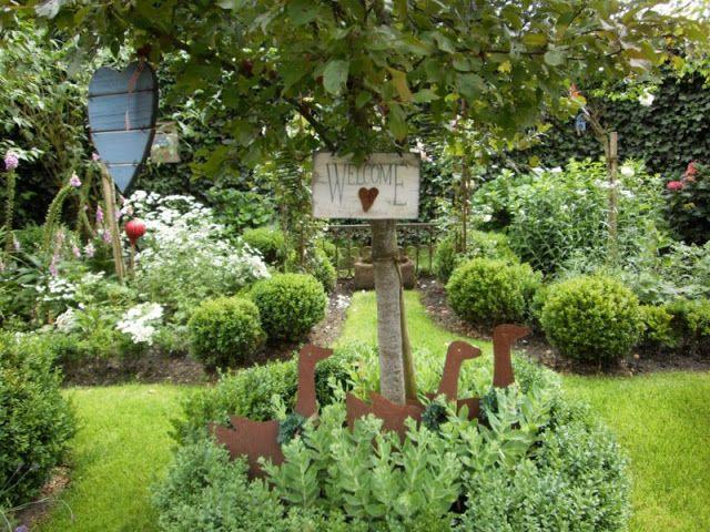 Fabulous Heute m chte ich Euch ein paar Bilder aus meinem Garten zeigen ich liebe Blumen Vor vier Jahren habe ich meinen Garten angelegt und no