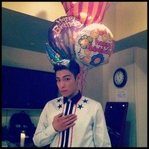 G-DRAGON、TOPの誕生日パーティー…「今日はTOPの日」
