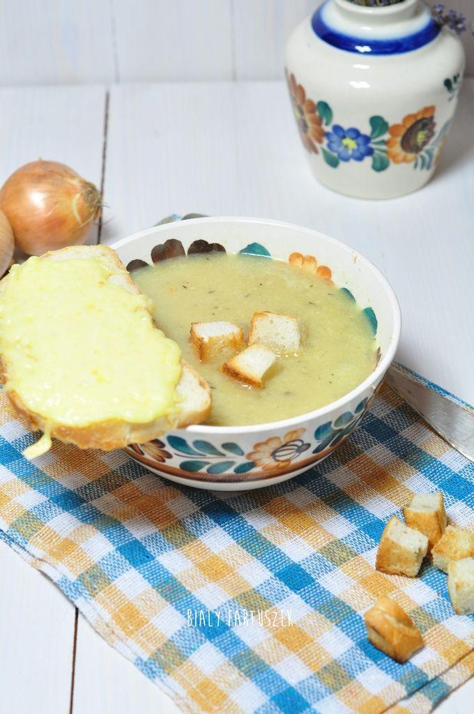 Biały fartuszek: Francuska zupa cebulowa